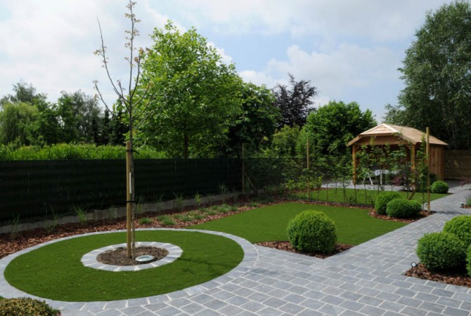 kunstgras/tuin/bomen