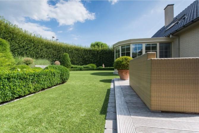 kunstgras/tuin/veranda