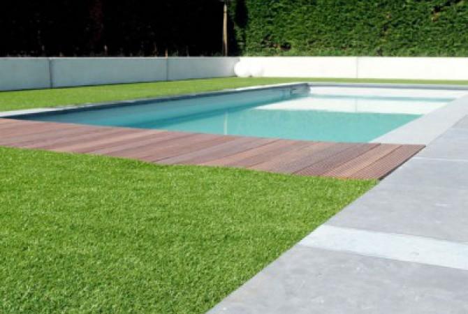 kunstgras/zwembad